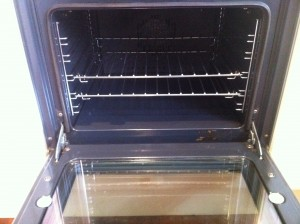 Photo of clean oven after Oven Perfect's thorough oven cleaning