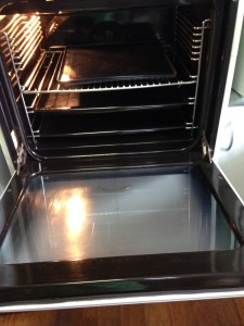 professional oven cleaning photo